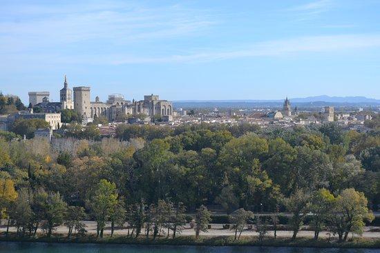 Villeneuve-les-Avignon, Frankrig: View over Avignon from top