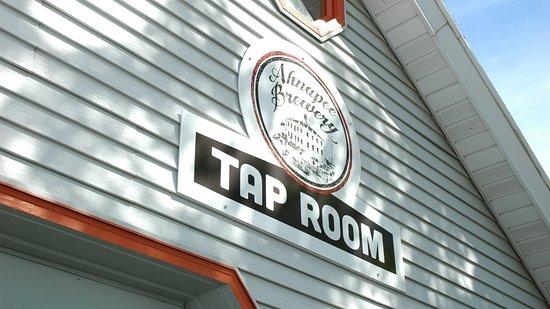 Algoma, WI: Taproom Front