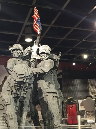 Triangle, VA: Lego statue of iconic Iwo Jima moment