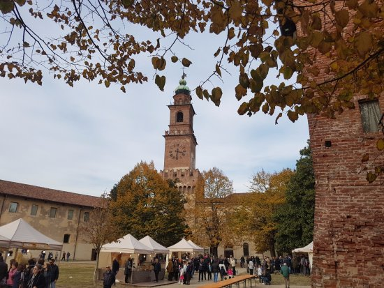 Vigevano, Itália: Vista de las torres