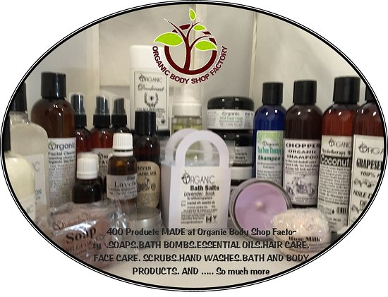 Barrie, Kanada: Organic Body Shop Store. 400 Lush Bath and Body products Made here.