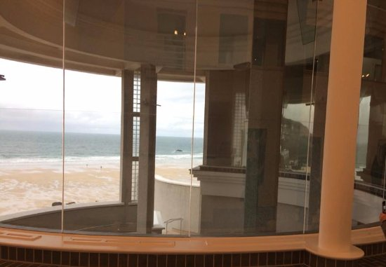 Tate Gallery St. Ives: The sea from inside the Tate