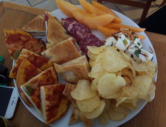Sassello, Italien: Piattino aperitivo