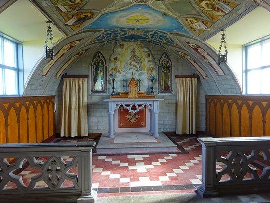 St. Mary's, UK: Chapel alter