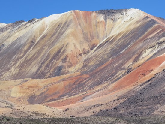 Putre, Chili: suriplaza