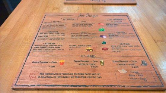 Joe Burger: La carte originale... en bois !