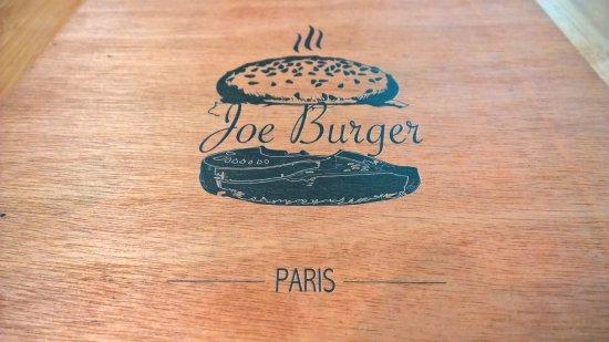 Joe Burger: Carte au verso