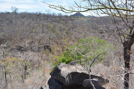 Mambai, GO: Mirante da trilha Itaguaçu