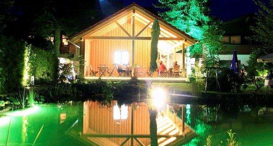 Schotten, Almanya: Der Vulkangarten bei Nacht