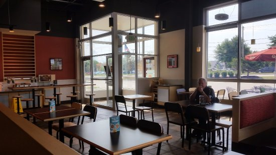 Clean Restaurant Picture Of Qdoba Mexican Eats Neenah Tripadvisor