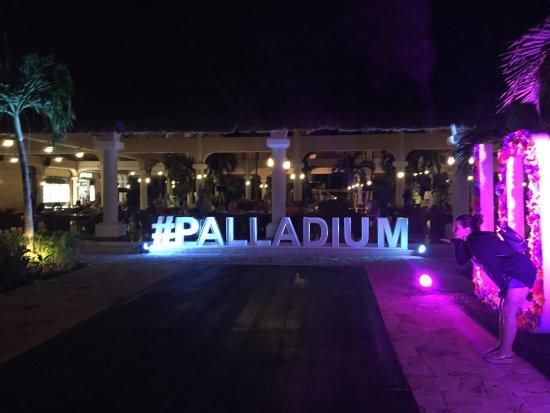 Grand Palladium Colonial Resort & Spa: photo0.jpg