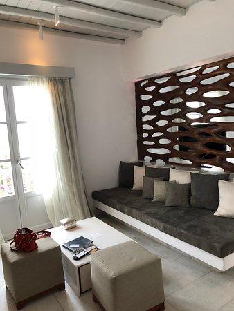 Belvedere Hotel Mykonos: Living room