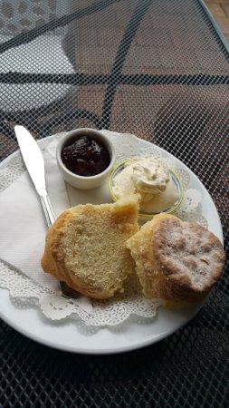 Denman, Australia: Generous scone