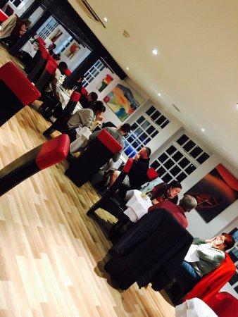 Witham, UK: restaurant inside