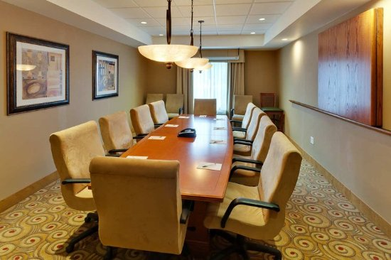 Windsor, CA: Executive Boardroom