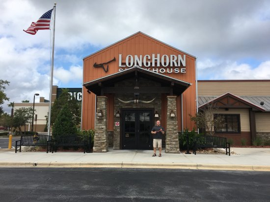 Interesting decor over the bar picture of longhorn