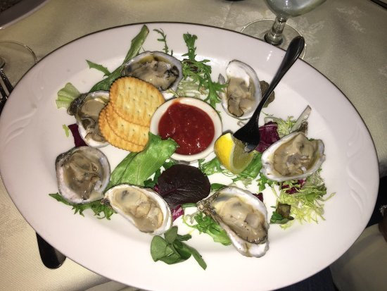 Warrenton, VA: My local oysters, my cocktail and my veal Marsala