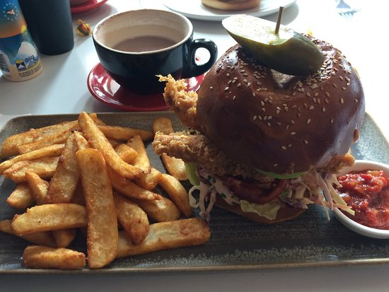 Croydon, Australia: Southern Fried Chicken Burger