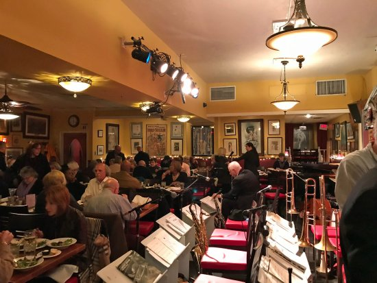 Cleveland Heights, OH: main dining room