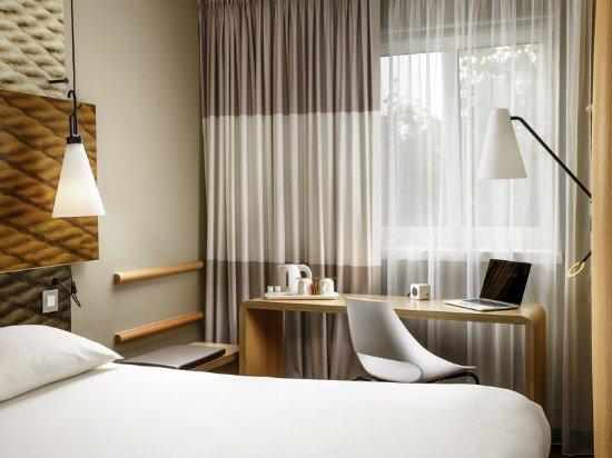 Ibis London Stratford: Guest Room