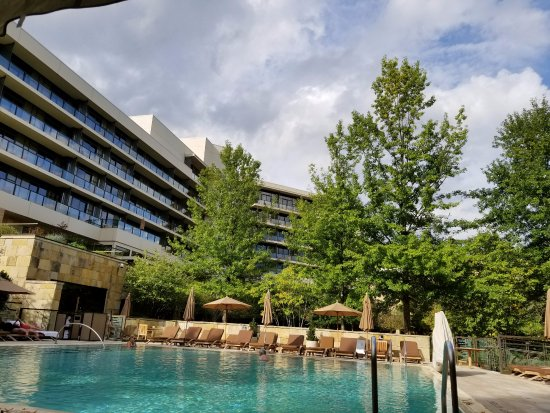 The Umstead Hotel and Spa: View from pool lounge chair of pool and balconies