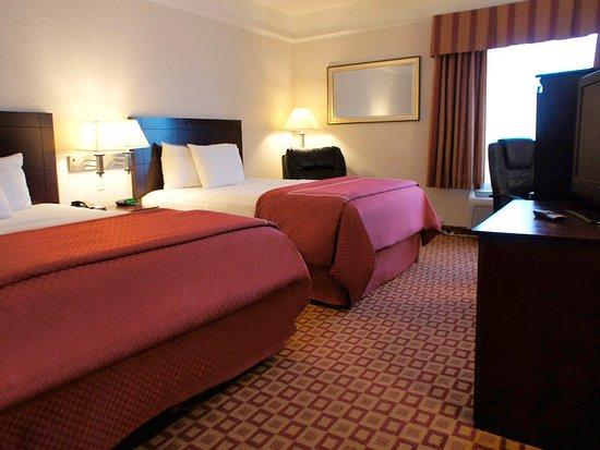 La Quinta Inn & Suites Mansfield: Guest Room