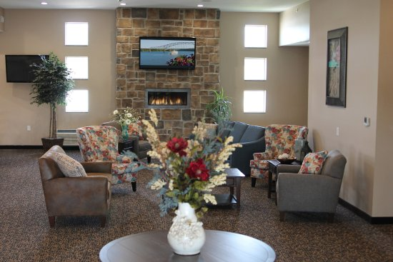 Fort Madison, IA: Guest Lounge