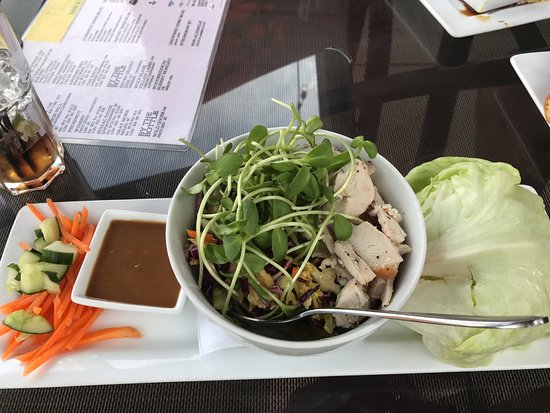 Chicken lettuce wraps, Fluid Bar and Grill, 1175 Cliffe Ave, Courtenay, BC