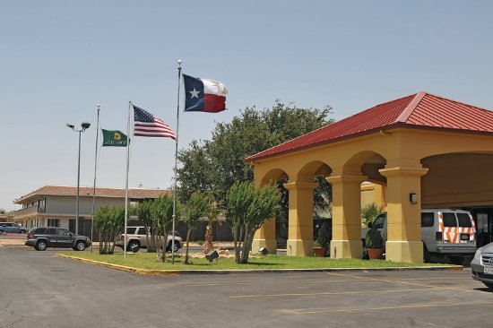 Sweetwater, TX: ExteriorView