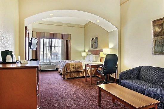 Hobbs, NM: Guest Room