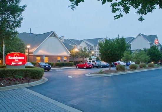 Huntersville, Karolina Północna: Exterior