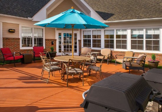 Cary, Carolina del Nord: Outdoor Patio
