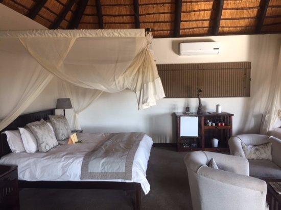 Inyati Game Lodge, Sabi Sand Reserve: Suite 1