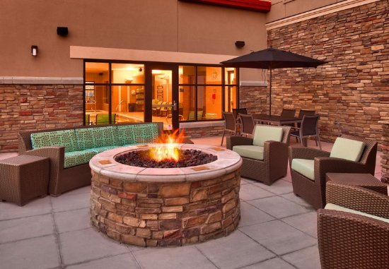 Murray, UT: Outdoor Fire Pit