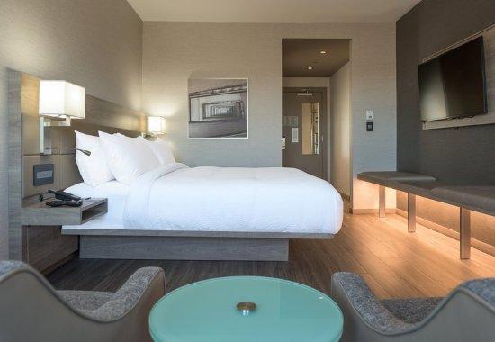 Medford, MA: Standard King Guest Room