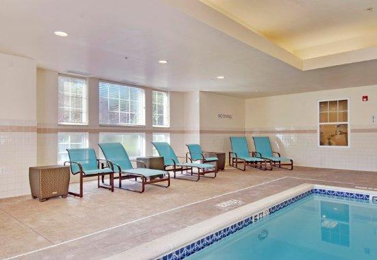 Residence Inn Princeton at Carnegie Center: Indoor Pool