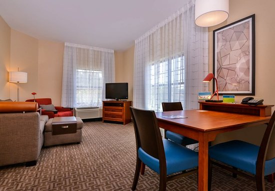 Thousand Oaks, Californien: One-Bedroom Suite - Living Area