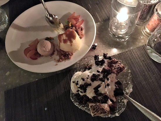Sunset Marquis: Amazing desserts at Cavatina