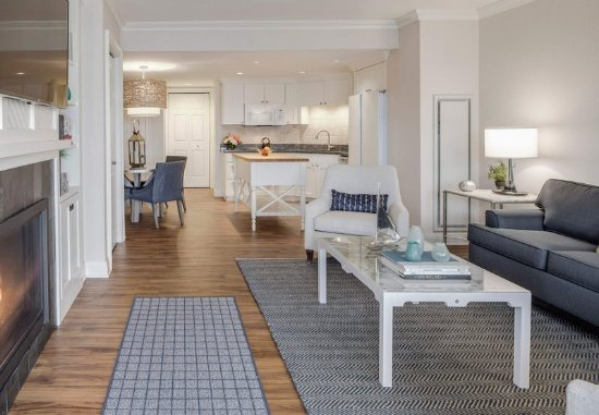 นิวคาสเซิล, นิวแฮมป์เชียร์: One-Bedroom Marina Suite - Living Area