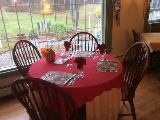 Bradford, NH: Our table overlooking the garden.