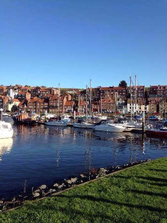Whitby Harbour: photo0.jpg