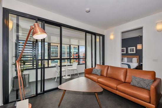 2 Bedroom Apartment Picture Of Vue Apartments Day Spa Geelong