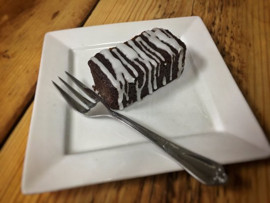 Kelsall, UK: Stem ginger mini loaf cake
