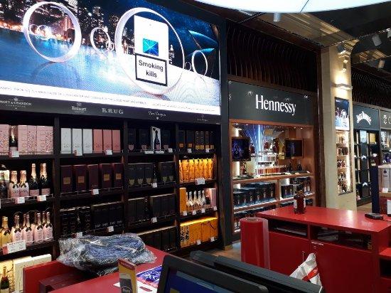 Dubai duty free shop picture of emirate of dubai united for Boutique one dubai