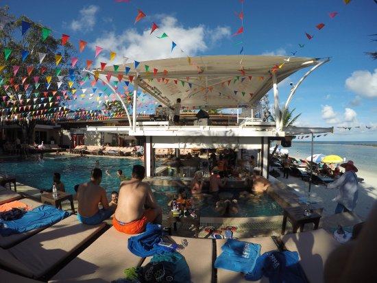 Ark Bar Beach Resort Photo