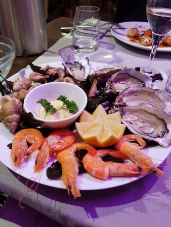 Saint-Aubin-Sur-Mer, Francia: assiette de fruits de mer