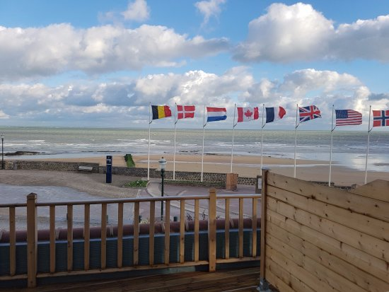 Saint-Aubin-Sur-Mer, Francia: vue sur mer de la chambre
