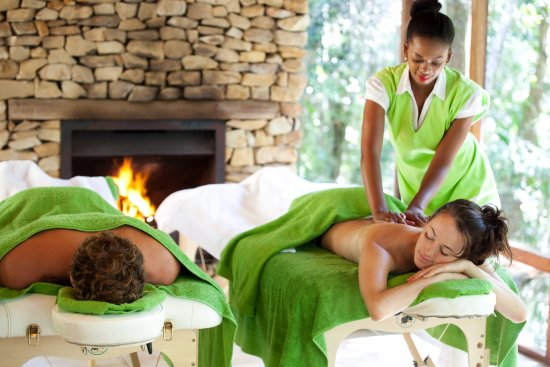 The Crags, Sudáfrica: Couples massage with professional therapist