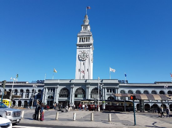 ‪Ferry Building Marketplace‬