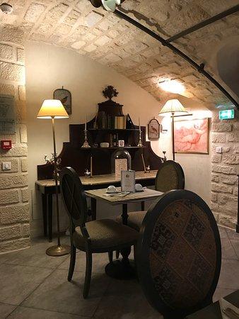 Hotel des Grands Hommes: photo1.jpg